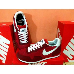 Sepatu Nike Air Men KW Merah Size 40 a9feedc541